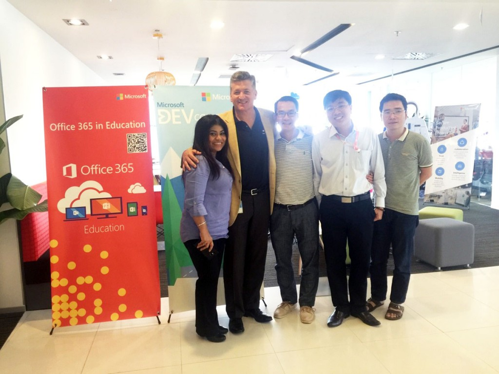 Microsoft APAC and World-wide meeting with SEN Team in Vietnam